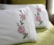 Stamped Embroidery Pillowcase Pair 45317 Bucilla