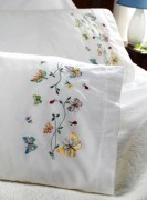 Stamped Embroidery Pillowcase Pair 45076 Bucilla