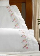 Stamped Embroidery Pillowcase Pair 45098 Bucilla